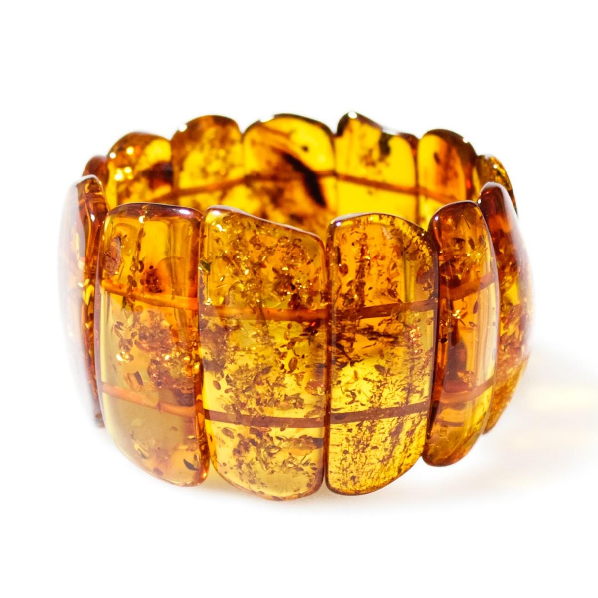 Quels sont les cinq atouts du collier d'ambre ?